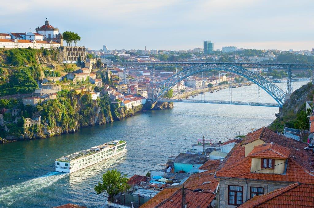 Croisière de Porto vers l'Espagne dans la vallée du Douro