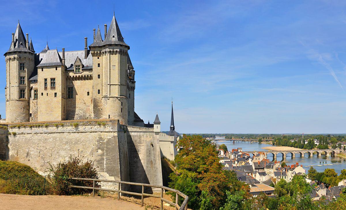 FRANCE - Croisière sur la Loire, Sauvage et Royale à la fois !