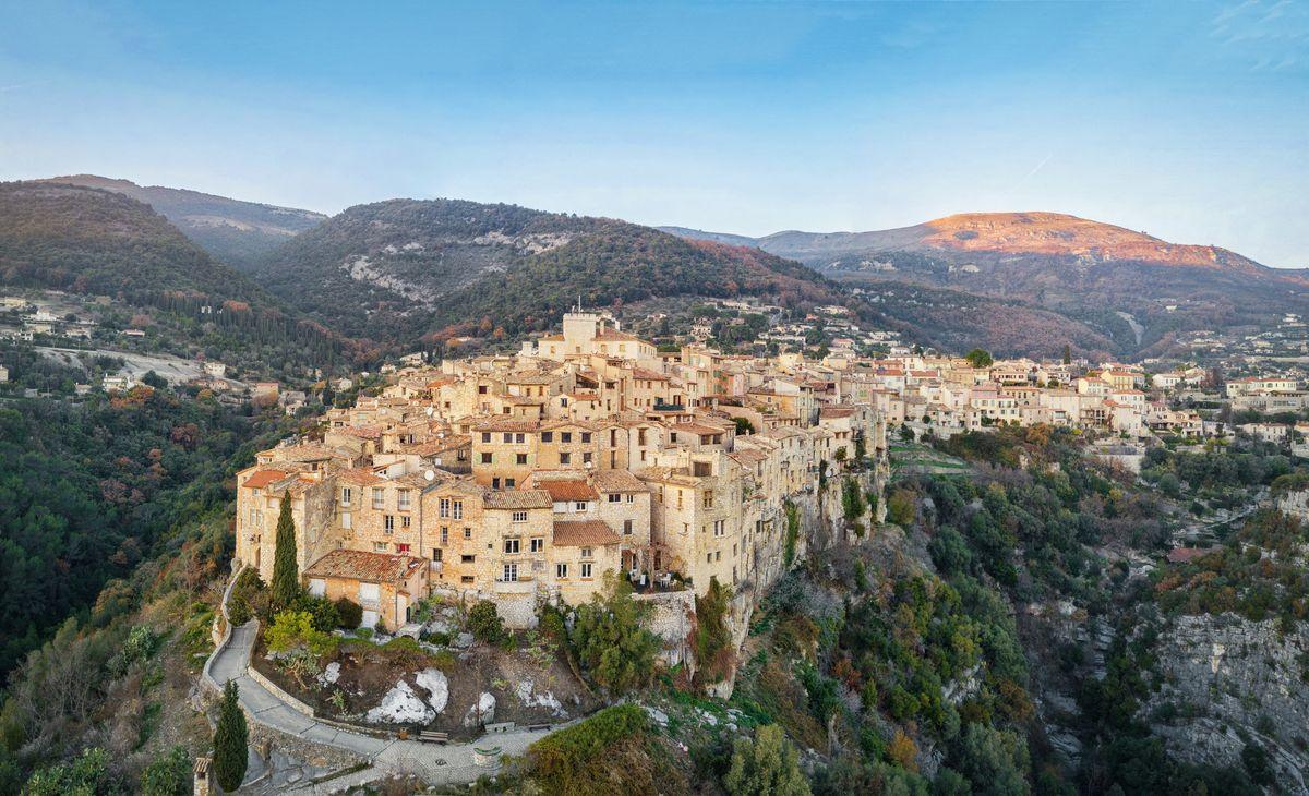 La Côte d'Azur provençale et authentique, Région Rhône-Alpes et Bourgogne