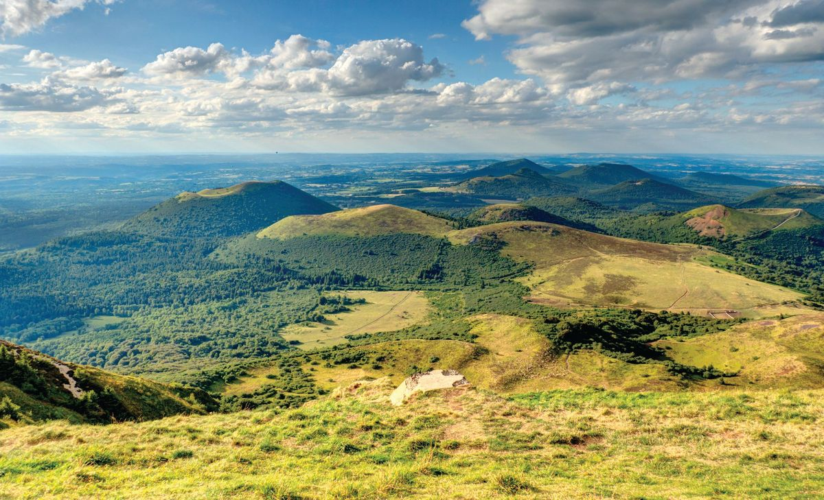 Auvergne, au coeur du Parc Régional des Volcans, Région Grand-Ouest & Paris