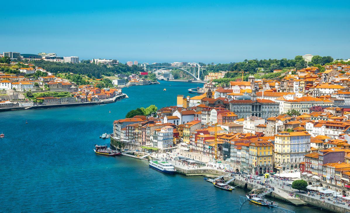 Portugal de St Jacques de Compostelle à Lisbonne, région Grand-Ouest & Paris